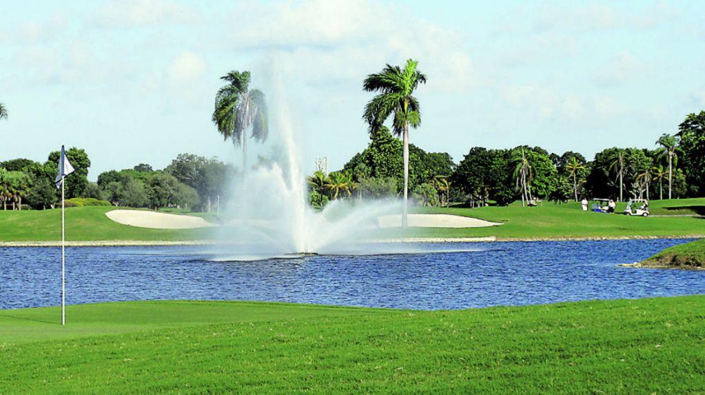 campo-de-golf-course-1023x573