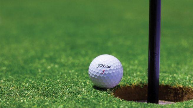 pelota-de-golf-655x368